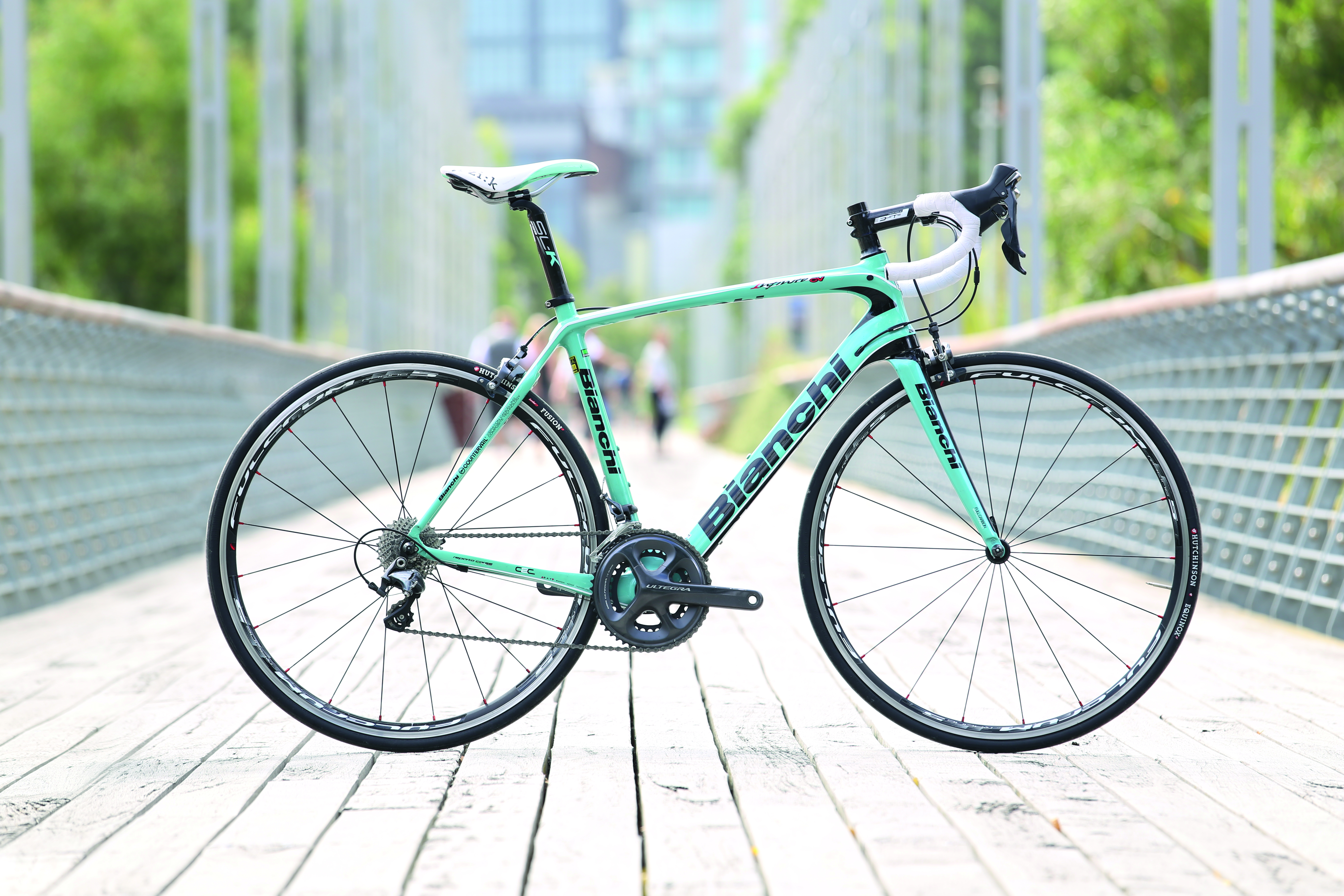 Seven Endurance Road Bikes Ridden And Rated Rideon Giant Tcr Slr 3 M 2014 Wht Blue 03 Bianchi Cmyk