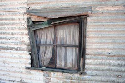 Cottage-window,-Gwalia-blog